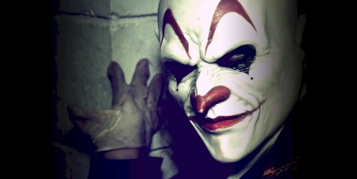 monster-clown-reversed
